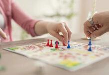 Dzieci się nudzą? Te trzy gry to świetna rozrywka dla całej rodziny